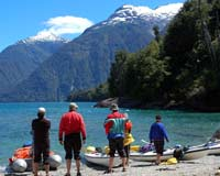 Chile sea kayaking with Altue